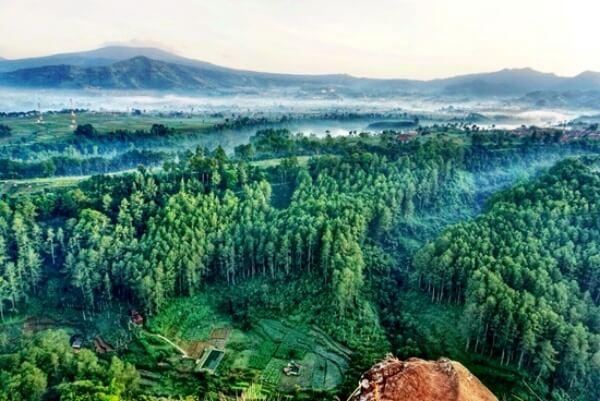 Tebing Keraton Maribaya Bandung