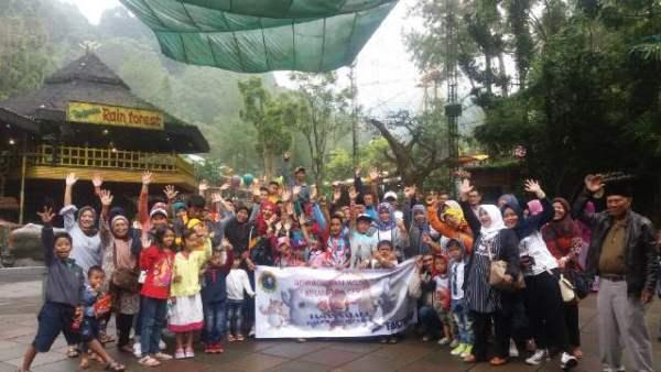 family-gathering-taman-safari-bogor