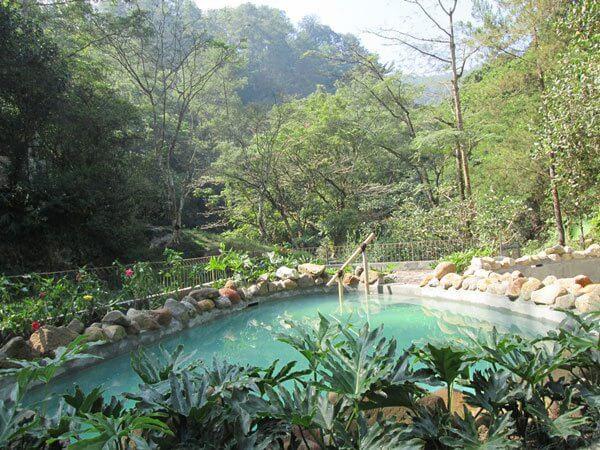 Kolam Air Panas Maribaya Lembang
