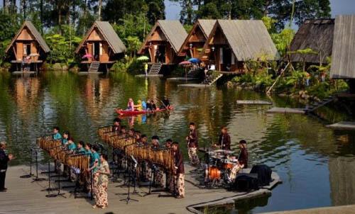 Wisata-Dusun-Bambu