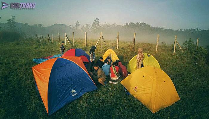 Berkemah di Rancaupas Bandung