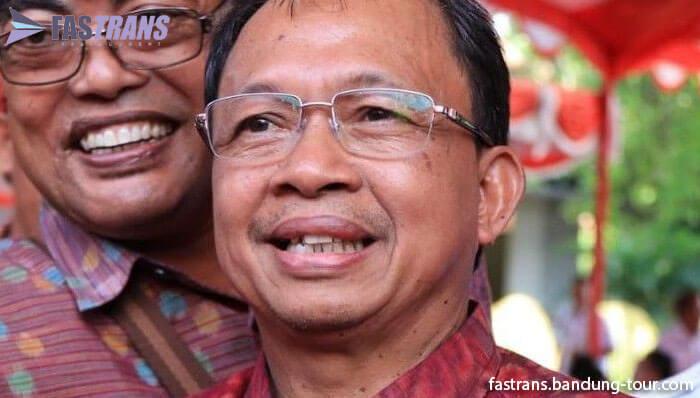 Gubernur Bali Jamu Tamunya Pakai Arak Bali, yang Penting Tidak Mabuk!