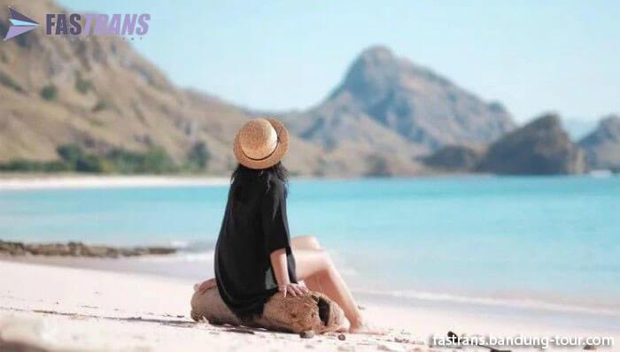 Labuan Bajo dan Citra Wisata Eksklusif