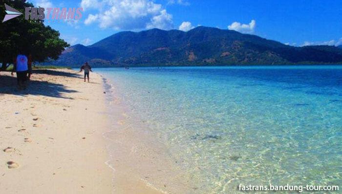 Objek Wisata Pulau Pangabatang, Maumere