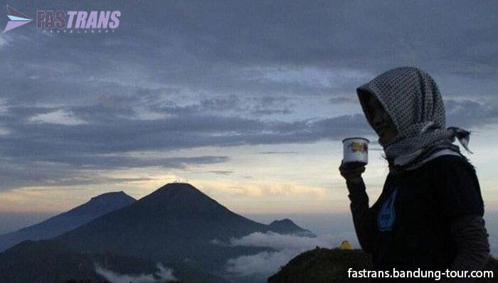 Tips dari Denny Sumargo untuk Petualang Alam Bebas Pemula