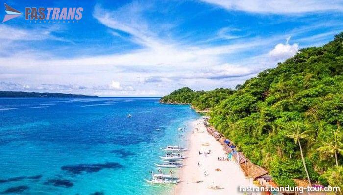 Turis 'Ena-ena' di Pantai, Diangkut Polisi Tapi Lanjut Lagi