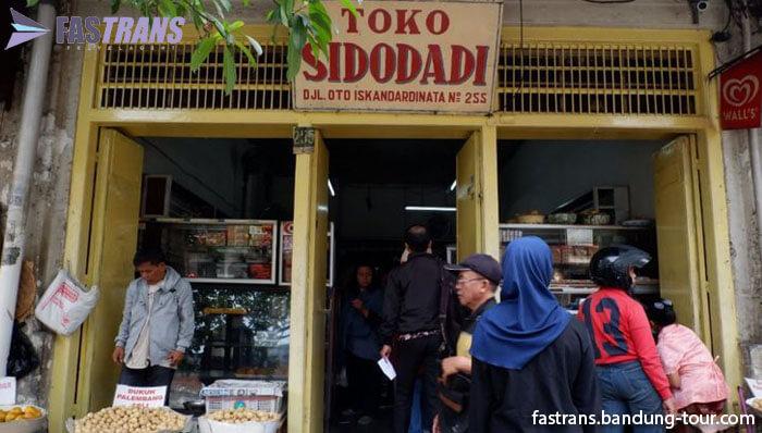 Warkop Legendaris di Bandung Berusia Hampir 1 Abad